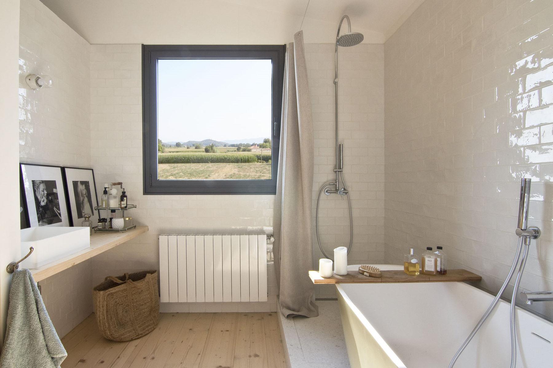 Casa de campo en fonolleres espacio en blanco - Espacio en blanco ...